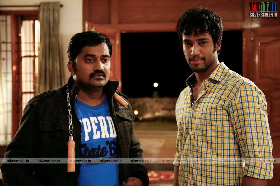 adhagappattathu-magajanangalay-movie-stills-0001.jpg