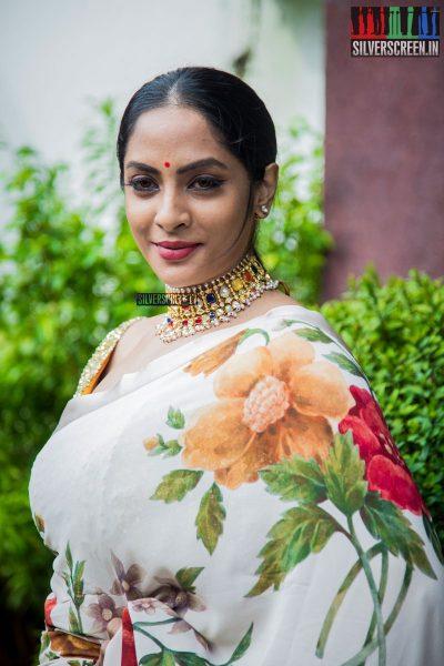pictures-andava-kaanom-audio-launch-sriya-reddy-ram-balaji-tharaneetharan-others-photos-0002.jpg