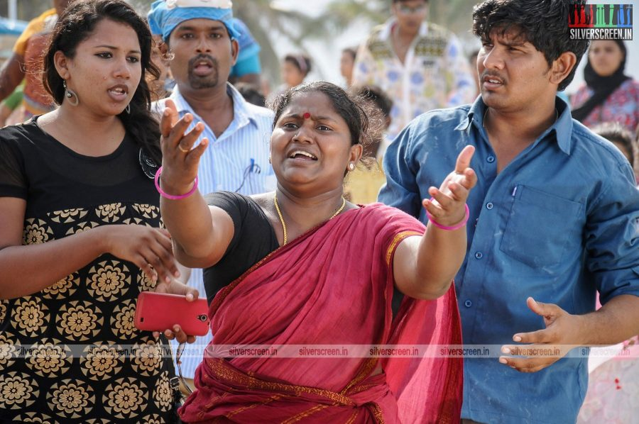 kootathil-oruthan-movie-stills-starring-ashok-selvan-priya-anand-others-stills-0018.jpg
