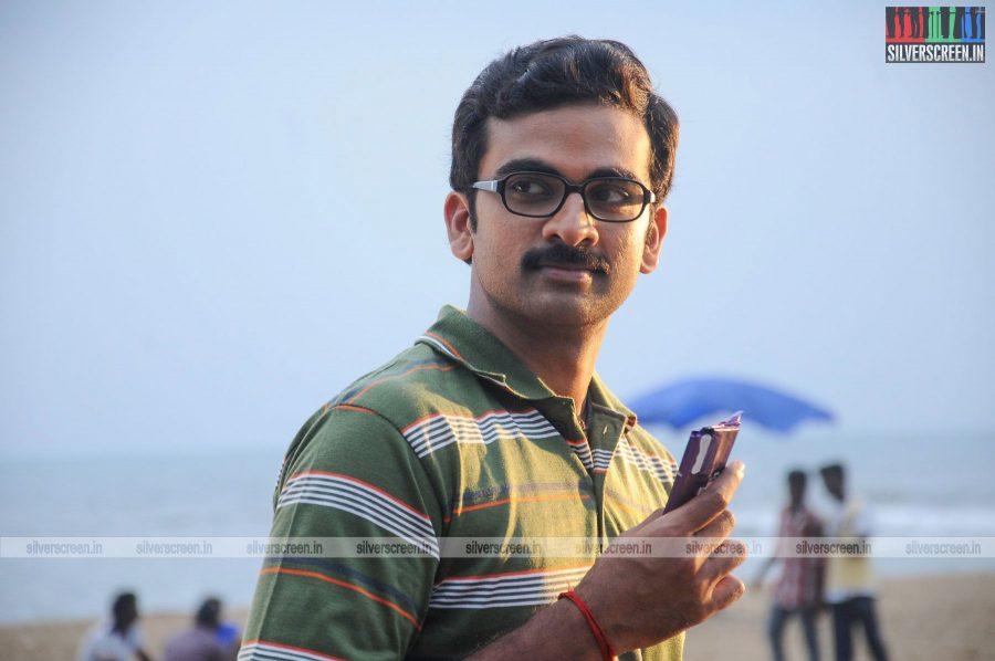kootathil-oruthan-movie-stills-starring-ashok-selvan-priya-anand-others-stills-0019.jpg