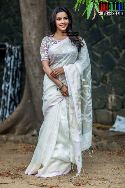 pictures-kootathil-oruthan-press-meet-ashok-selvan-priya-anand-others-photos-0008.jpg