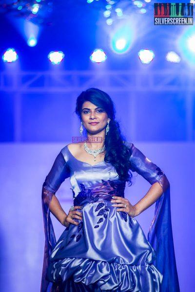 pictures-mehndi-jashnani-sanchana-others-madras-couture-fashion-week-season-4-day-1-photos-0013.jpg