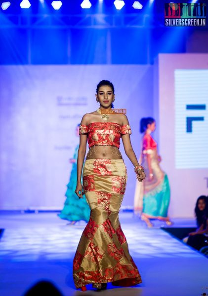 pictures-mehndi-jashnani-sanchana-others-madras-couture-fashion-week-season-4-day-1-photos-0036.jpg