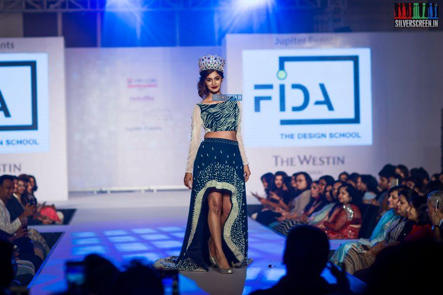 pictures-mehndi-jashnani-sanchana-others-madras-couture-fashion-week-season-4-day-1-photos-0039.jpg
