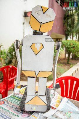 pictures-suriya-karthi-sri-sivakumar-educational-charitable-trusts-38th-award-ceremony-photos-0002.jpg