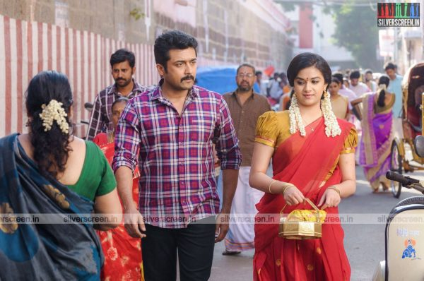 thaanaa-serndha-koottam-movie-stills-starring-suriya-keerthy-suresh-others-stills-0002.jpg