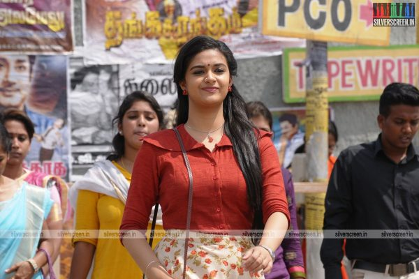 Thaanaa Serndha Koottam Movie Stills Starring Suriya, Keerthy Suresh and Others