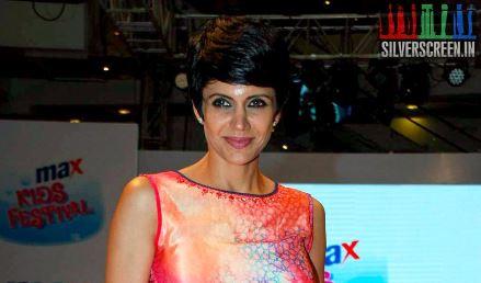 Mandira Bedi, 'Adangathey'