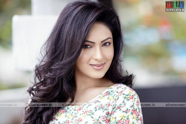 actress-nikesha-patel-photoshoot-stills-0154.jpg