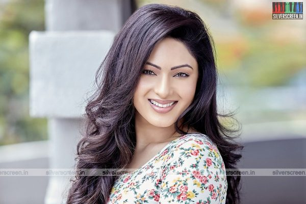 actress-nikesha-patel-photoshoot-stills-0155.jpg