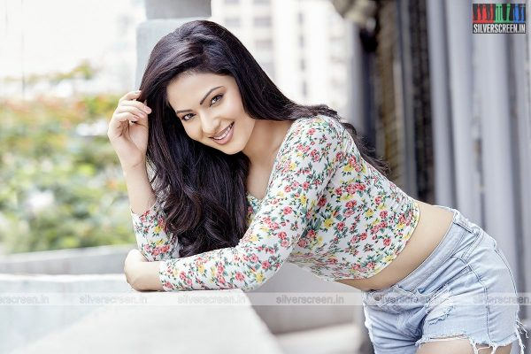 actress-nikesha-patel-photoshoot-stills-0157.jpg