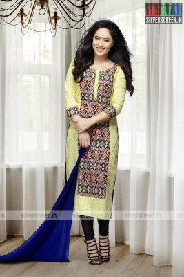 actress-nikesha-patel-photoshoot-stills-0160.jpg