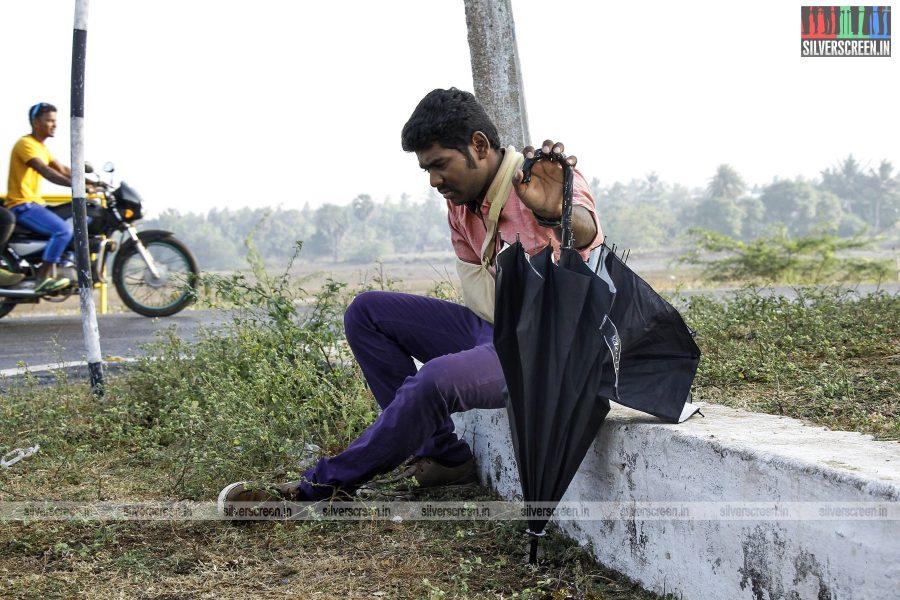 en-aaloda-seruppa-kaanom-movie-stills-starring-anandhi-pasanga-pandi-others-stills-0017.jpg