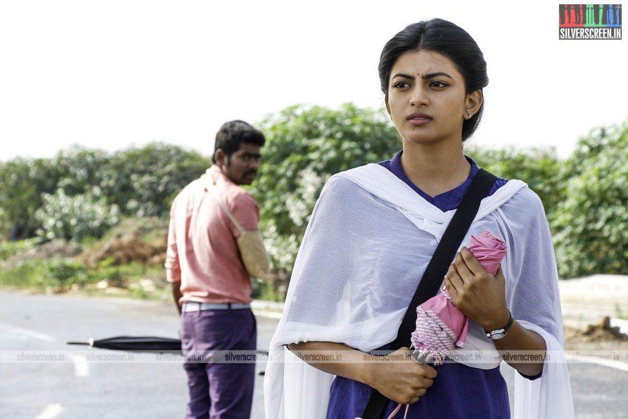 en-aaloda-seruppa-kaanom-movie-stills-starring-anandhi-pasanga-pandi-others-stills-0018.jpg