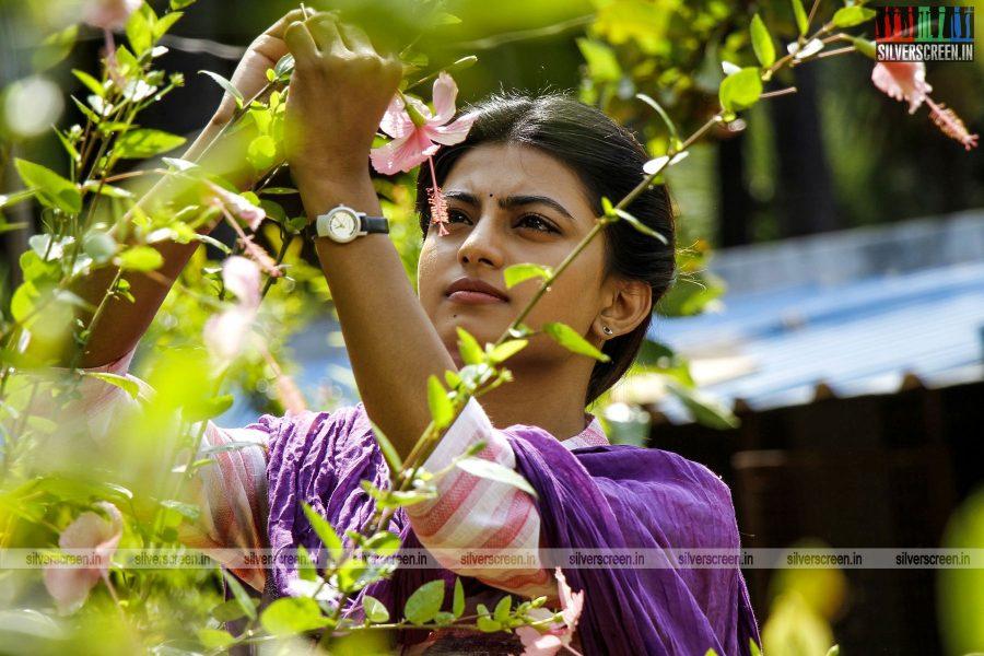 en-aaloda-seruppa-kaanom-movie-stills-starring-anandhi-pasanga-pandi-others-stills-0019.jpg
