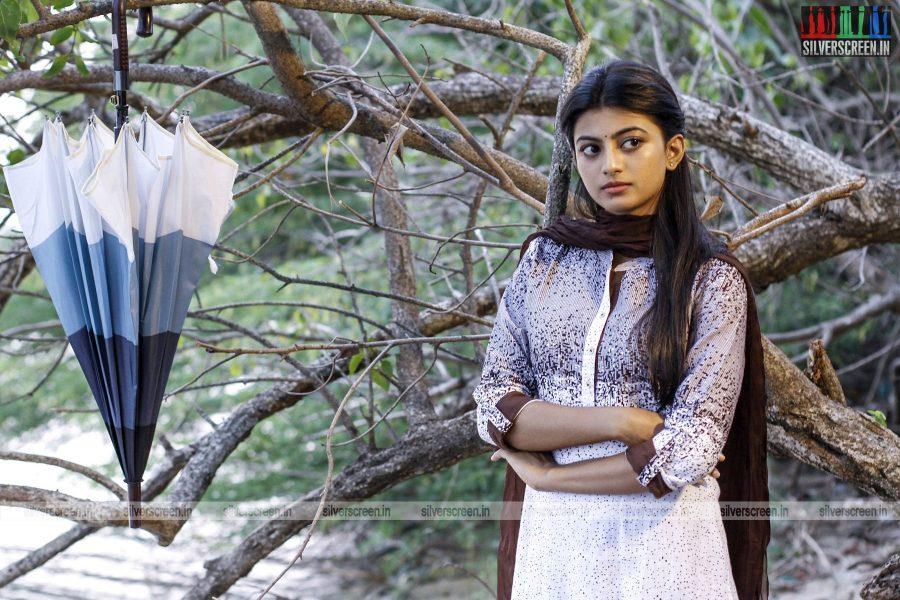en-aaloda-seruppa-kaanom-movie-stills-starring-anandhi-pasanga-pandi-others-stills-0020.jpg