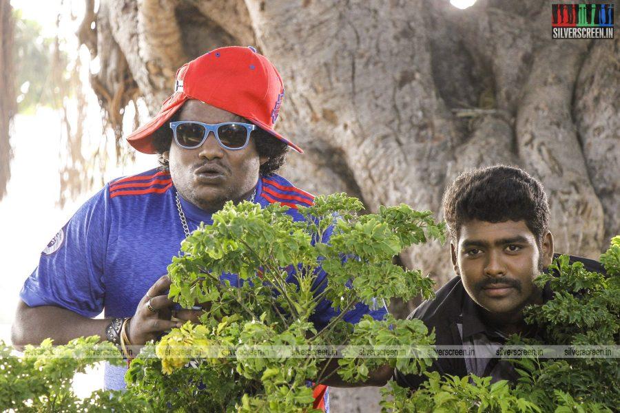 en-aaloda-seruppa-kaanom-movie-stills-starring-anandhi-pasanga-pandi-others-stills-0025.jpg
