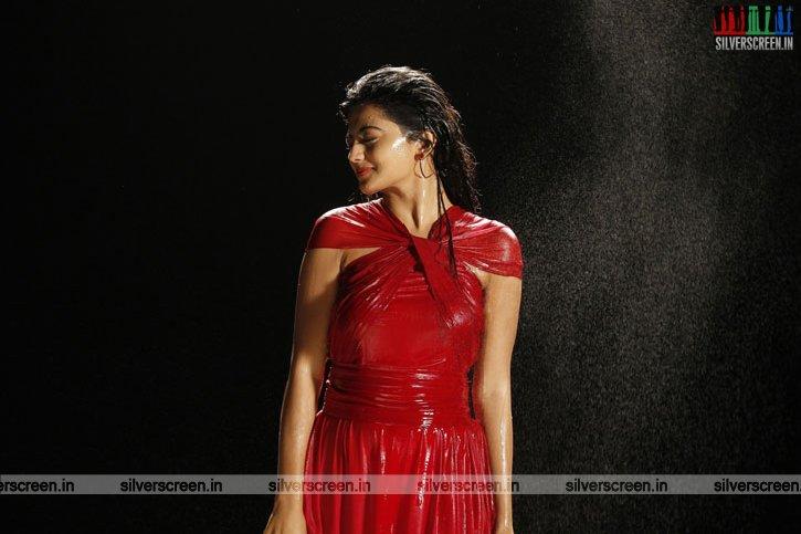 en-aaloda-seruppa-kaanom-movie-stills-starring-anandhi-pasanga-pandi-others-stills-0036.jpg