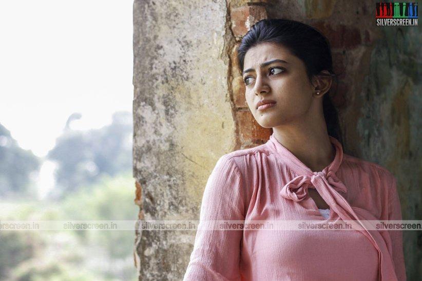 en-aaloda-seruppa-kaanom-movie-stills-starring-anandhi-pasanga-pandi-others-stills-0042.jpg