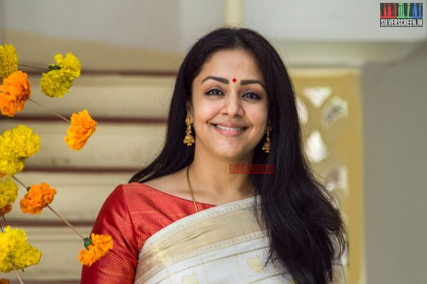 in-pictures-jyothika-at-the-launch-of-vintage-weaves-of-kanjivaram-on-national-handloom-day-photos-0010.jpg