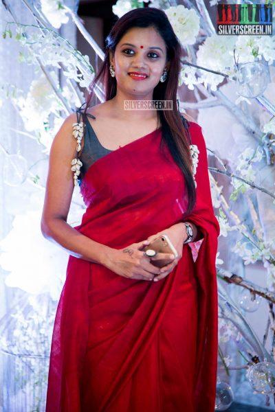 in-pictures-rakul-preet-singh-pradhayini-sarvothaman-shweta-gai-and-others-at-south-indian-fashion-awards-2017-photos-0003.jpg