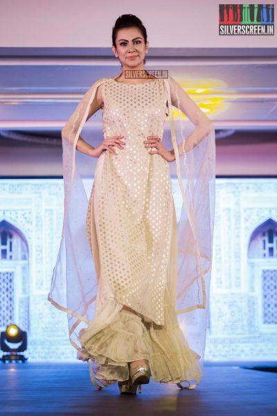 in-pictures-rakul-preet-singh-pradhayini-sarvothaman-shweta-gai-and-others-at-south-indian-fashion-awards-2017-photos-0028.jpg