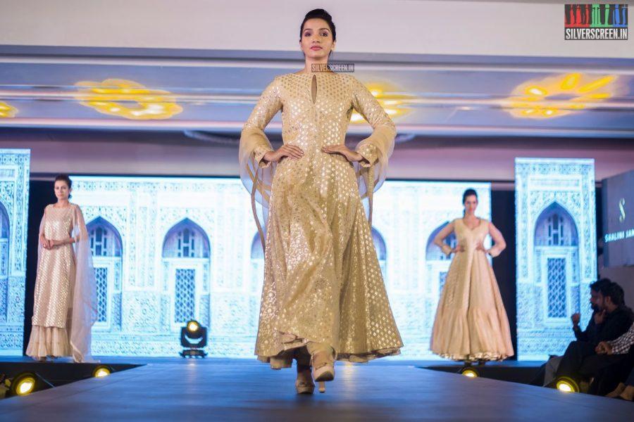 in-pictures-rakul-preet-singh-pradhayini-sarvothaman-shweta-gai-and-others-at-south-indian-fashion-awards-2017-photos-0031.jpg