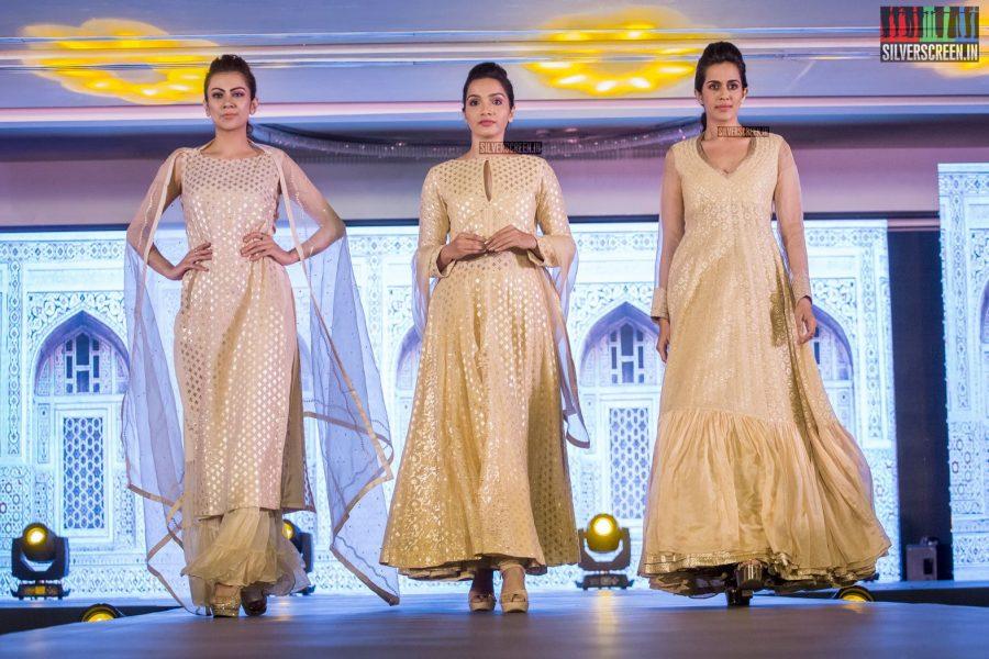 in-pictures-rakul-preet-singh-pradhayini-sarvothaman-shweta-gai-and-others-at-south-indian-fashion-awards-2017-photos-0032.jpg