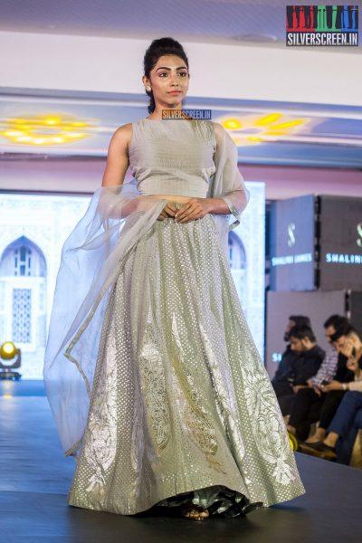 in-pictures-rakul-preet-singh-pradhayini-sarvothaman-shweta-gai-and-others-at-south-indian-fashion-awards-2017-photos-0037.jpg