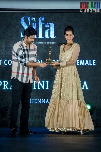 in-pictures-rakul-preet-singh-pradhayini-sarvothaman-shweta-gai-and-others-at-south-indian-fashion-awards-2017-photos-0042.jpg