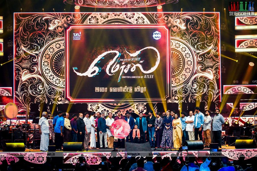 in-pictures-vijay-samantha-ruth-prabhu-kajal-aggarwal-atlee-and-others-at-mersal-audio-launch-photos-0007.jpg