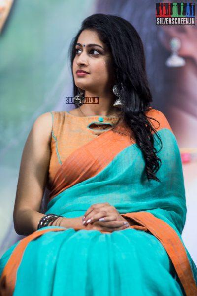 pictures-vijay-sethupathi-tanya-ravichandran-karuppan-press-meet-photos-0007.jpg