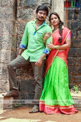 podhuvaga-emmanasu-thangam-movie-stills-starring-udhayanidhi-stalin-nivetha-pethuraj-parthiepan-and-soori-stills-0001.jpg