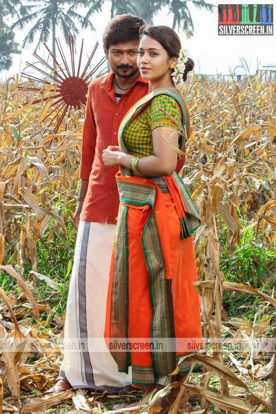 podhuvaga-emmanasu-thangam-movie-stills-starring-udhayanidhi-stalin-nivetha-pethuraj-parthiepan-and-soori-stills-0019.jpg