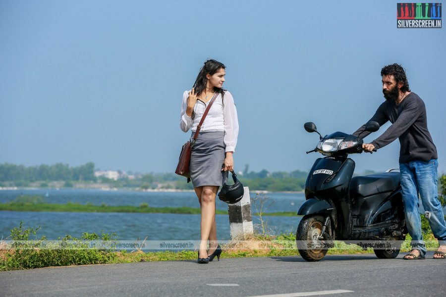 taramani-movie-stills-starring-andrea-jeremiah-vasanth-ravi-anjali-and-directed-by-ram-stills-0002.jpg