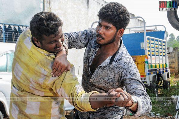 thirupathi-samy-kudumbam-movie-stills-starring-muruganandham-mayilsamy-stills-0003.jpg
