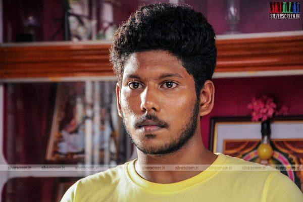 thirupathi-samy-kudumbam-movie-stills-starring-muruganandham-mayilsamy-stills-0006.jpg