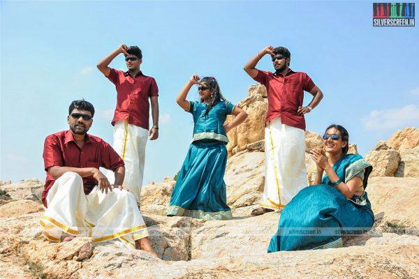 thirupathi-samy-kudumbam-movie-stills-starring-muruganandham-mayilsamy-stills-0008.jpg