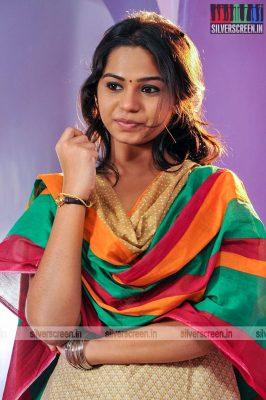 thirupathi-samy-kudumbam-movie-stills-starring-muruganandham-mayilsamy-stills-0013.jpg