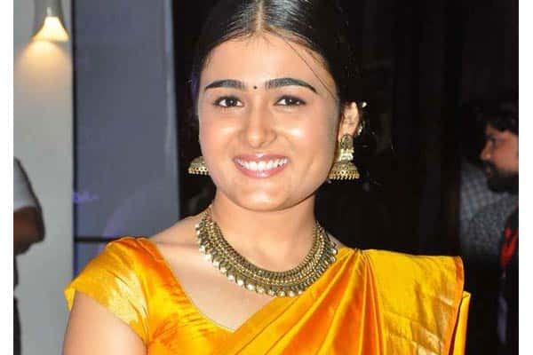 INSIDE STORY: Arjun Reddy Girl Creates a Drama in Nellore