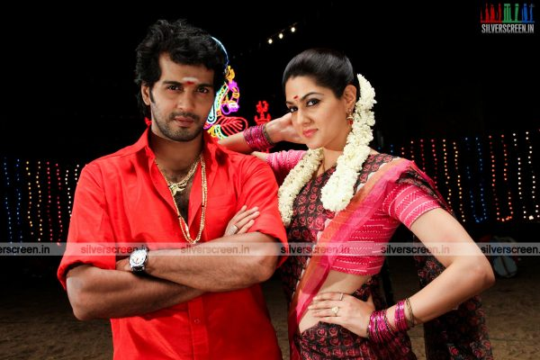 aayirathil-iruvar-movie-stills-starring-vinay-rai-kesha-khambhati-samudhrika-swasthika-others-stills-0037.jpg