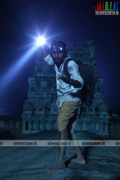 kalavu-thozhirchalai-movie-stills-starring-kathir-vamsi-krishna-others-stills-0007.jpg