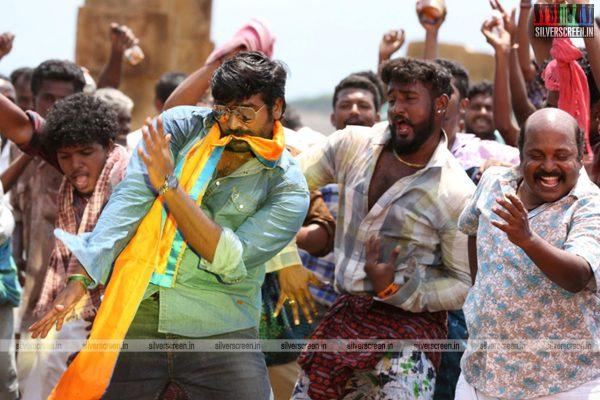 karuppan-movie-stills-starring-vijay-sethupathi-tanya-ravichandran-stills-0006.jpg