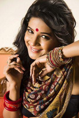 Actress Sakshi Photoshoot stills