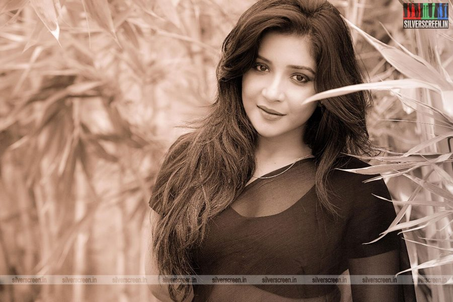 actress-sakshi-photoshoot-0082.jpg