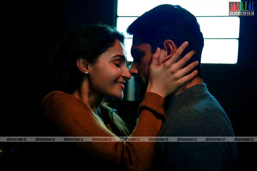 aval-movie-stills-starring-siddharth-and-andrea-jeremiah-stills-0005.jpg