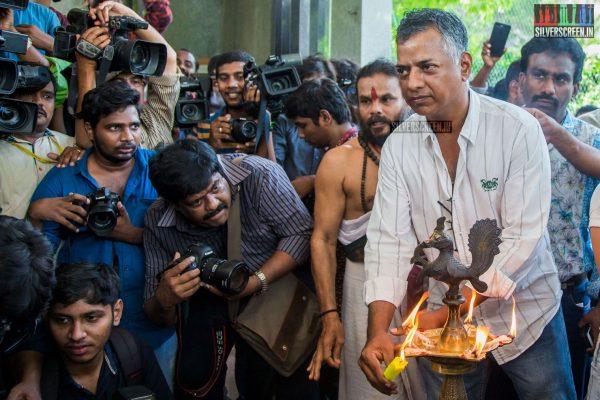 gv-prakash-kumar-and-shalini-pandey-at-100-kadhal-movie-launch-photos-0006.jpg