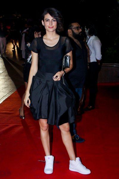 Mumbai: Actress Mandana Karimi at the red carpet of Halloween Party in Mumbai on Oct 27, 2017 .(Photo: IANS)