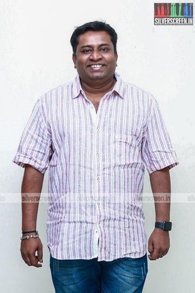 ippadai-vellum-audio-launch-with-udhayanidhi-stalin-manjima-mohan-and-others-photos-0005.jpg