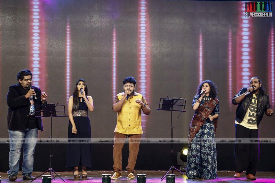 ippadai-vellum-audio-launch-with-udhayanidhi-stalin-manjima-mohan-and-others-photos-0024.jpg